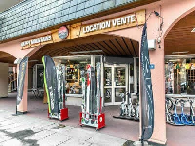 Magasin de location de ski HAPPY MOUNTAINS, Brides les Bains à 39, Rue Aristide Briand