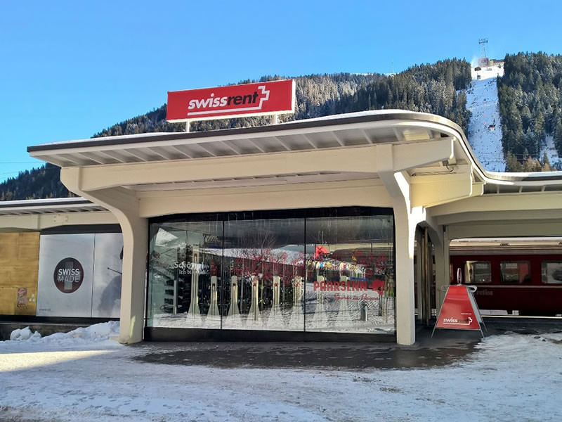 Magasin de location de ski Paarsenn Sports swissrent, Bahnhof Rhätische Bahn à Davos-Platz