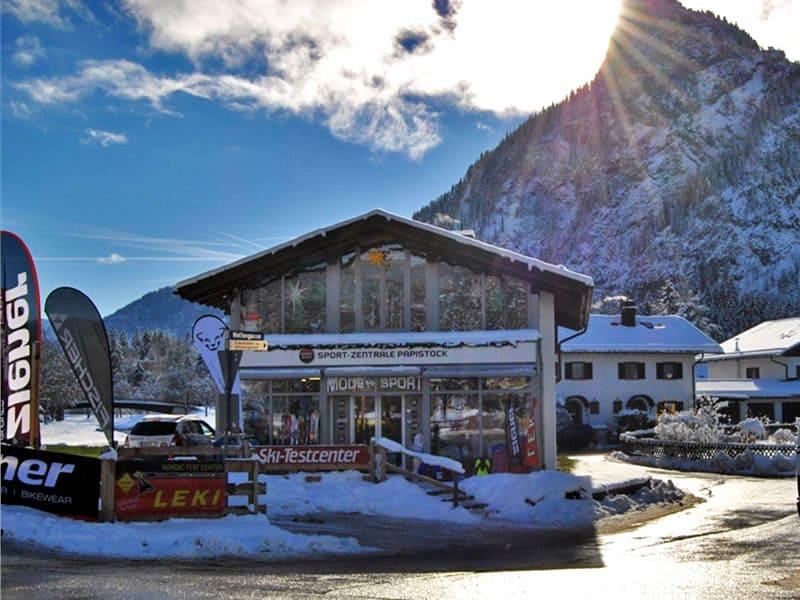 Magasin de location de ski Sport-Zentrale Papistock, Bahnhofstraße 6a à Oberammergau