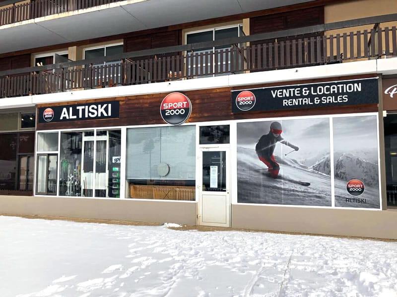 Magasin de location de ski ALTISKI Aurouze à Batiment du Bois d'Aurouze, Superdévoluy