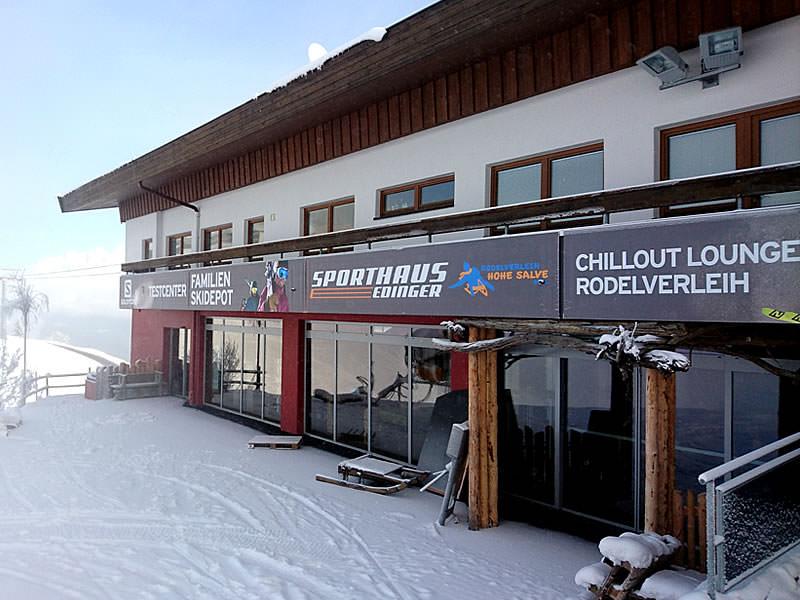 Magasin de location de ski Sport Edinger Testcenter à Bergstation Gondelbahn Hochsöll, Söll