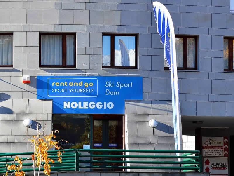 Magasin de location de ski Ski Sport Dain à Campo Smith, 4, Bardonecchia