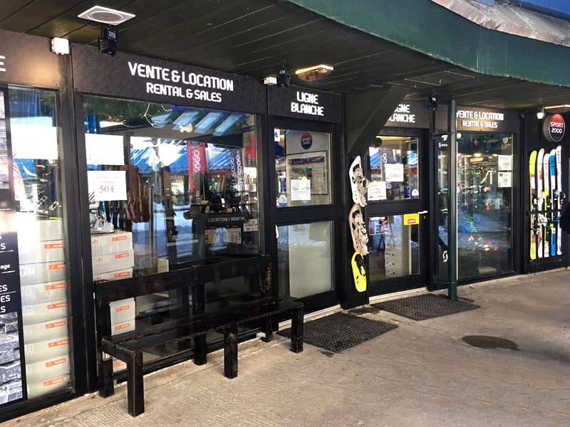 Magasin de location de ski LIGNE BLANCHE à Centre Commercial Aragnouet, Piau Engaly