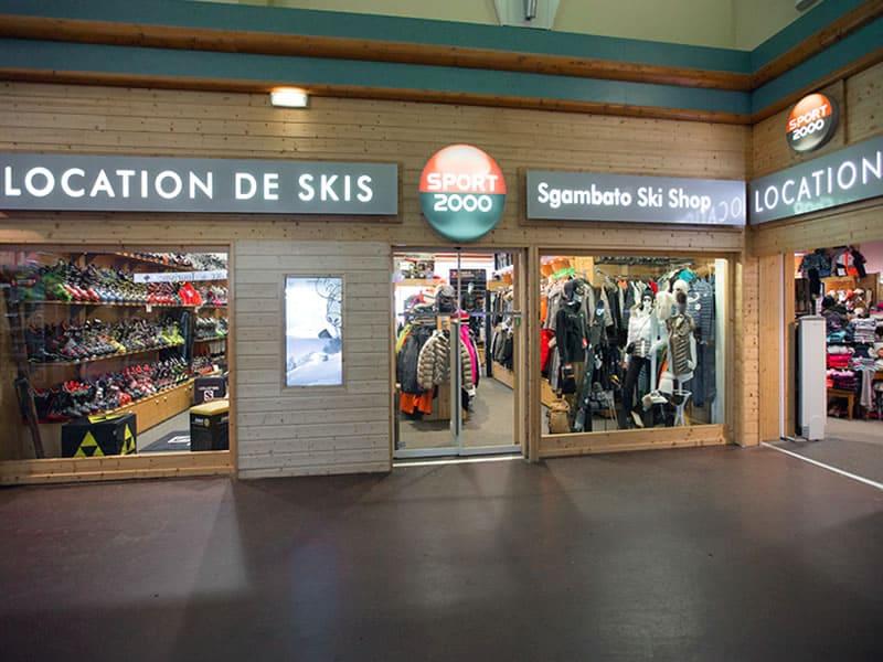 Magasin de location de ski SGAMBATO SKI SHOP, Centre Commercial la Roche Béranger à Chamrousse