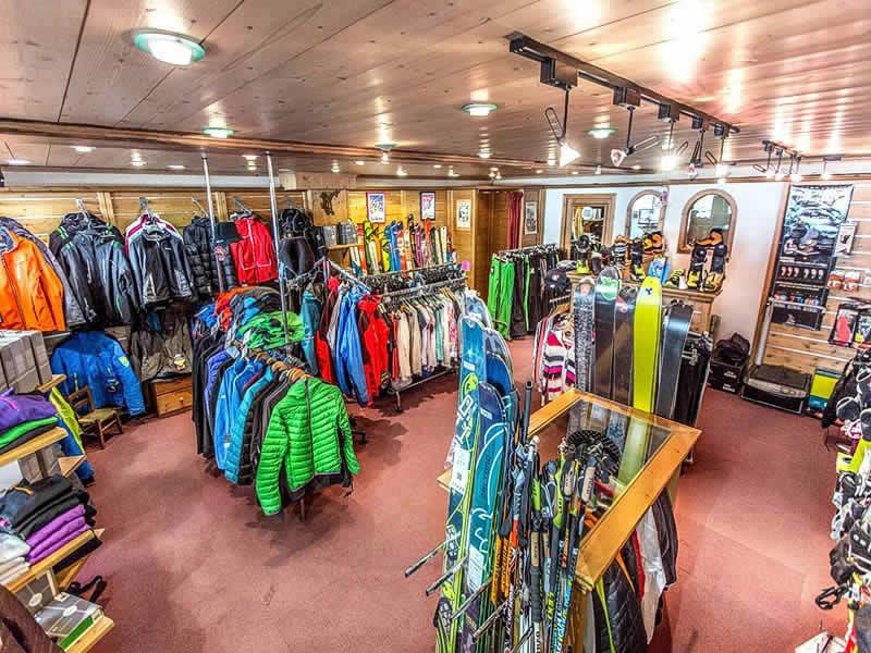 Magasin de location de ski ARDENT SPORTS à Centre Station, Montriond