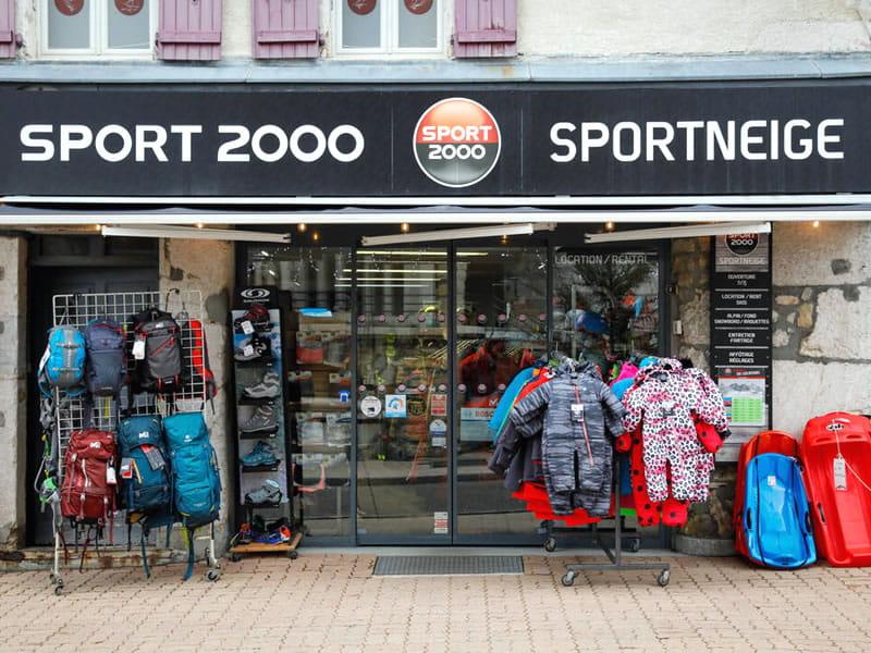 Magasin de location de ski SPORTNEIGE - SPORT & MODE à Centre Village - 38, place des Martyrs, Villard de Lans