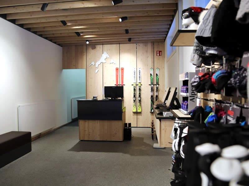 Magasin de location de ski INTERSPORT - Silvretta Montafon, Dorfstrasse 11 à Silbertal