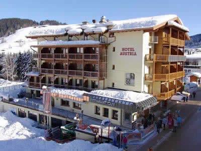 Magasin de location de ski Sport Blachfelder, Wildschönau-Niederau à Dorfstraße 123 [Hotel Austria]