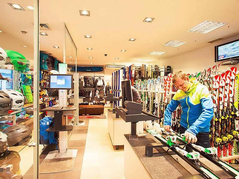 Magasin de location de ski SPORT 2000 Rentalcenter à Dorfstrasse 301, Hinterglemm