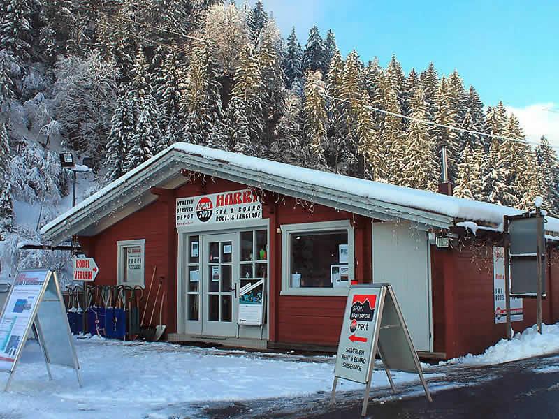 Magasin de location de ski Sport Harry's à Garfrescha Talstation, St. Gallenkirch
