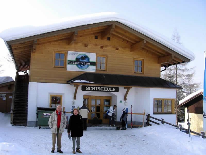 Magasin de location de ski Skiverleih Waltl, Griesbachweg 3 à Oberndorf in Tirol