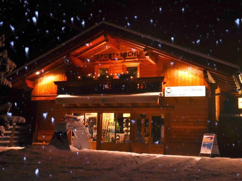 Magasin de location de ski SPORT 2000 Michl à Großdorf 64 (Talstation Bergbahn), Kals am Großglockner