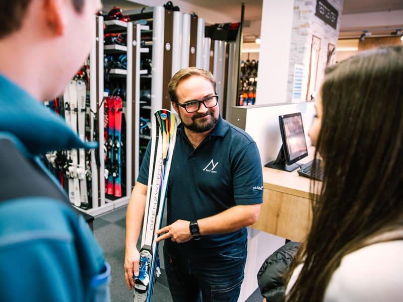 Magasin de location de ski Sport Nenner - Fashion à Hintertux 767, Hintertux