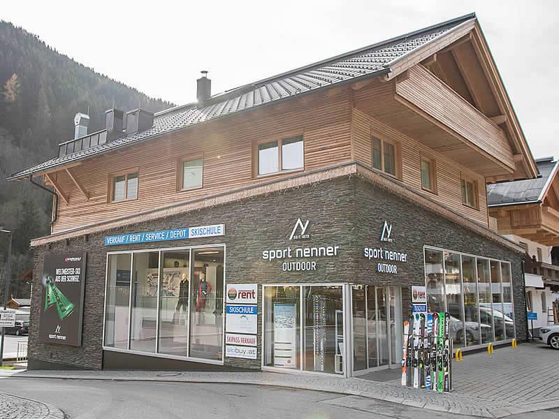 Magasin de location de ski Sport Nenner Outdoor à HNr. 402 [gegenüber Talstation Eggalmbahn], Lanersbach-Tux