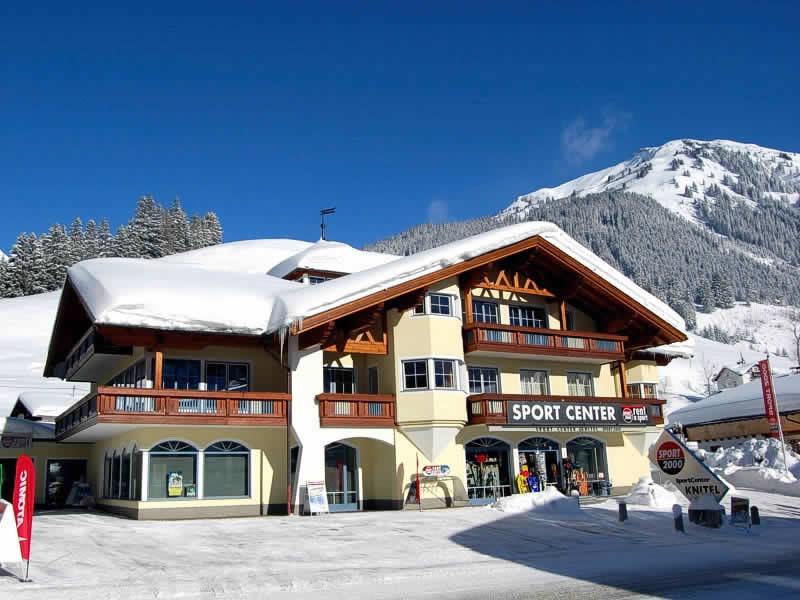 Magasin de location de ski SPORT 2000 Knitel à HNr. 77, Holzgau