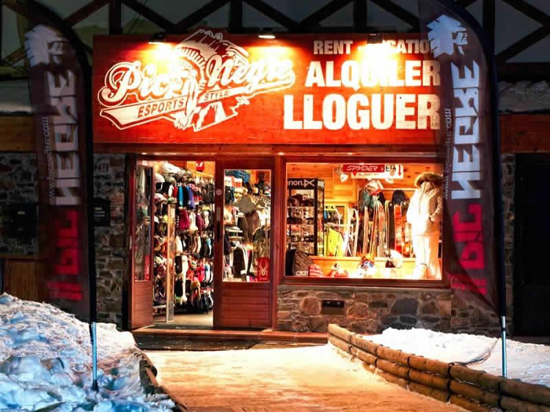 Magasin de location de ski Pic Negre XIII à Hotel Grau Roig (Parking Pistes), Grau Roig