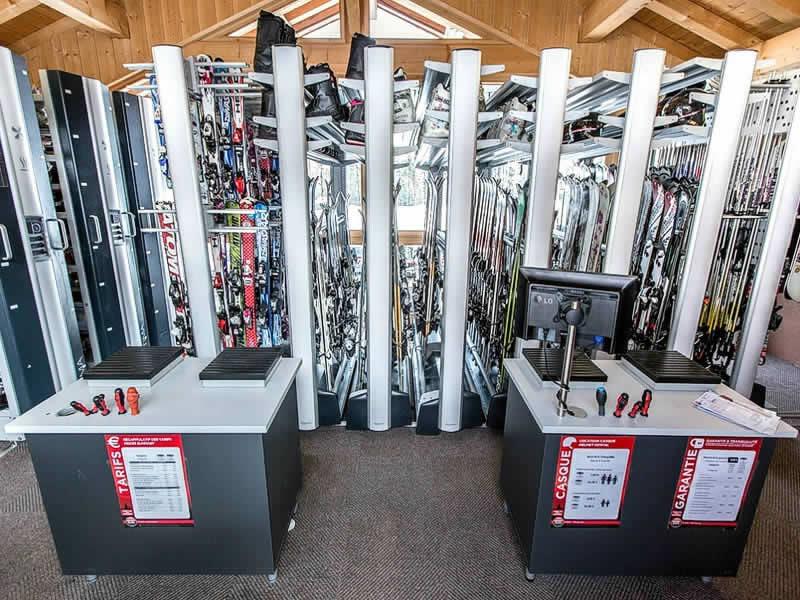 Magasin de location de ski MATHIAS SPORTS, Hotel le Crêt - 905 Route de la Plagne à Morzine