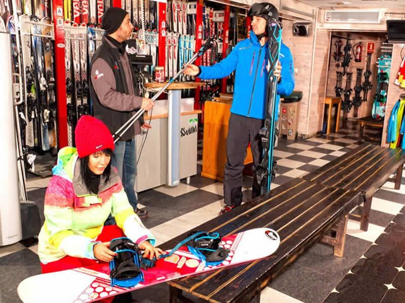 Magasin de location de ski Pic Negre VI à Hotel Llop Gris (Salida Estación), El Tarter