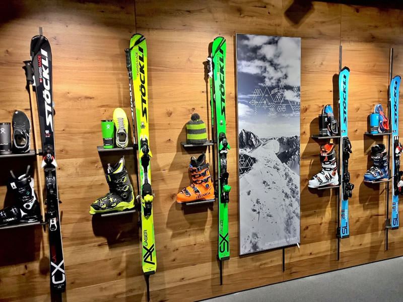 Magasin de location de ski Paarsenn Sports, Im Hotel Seehof, Promenade 159 à Davos-Dorf