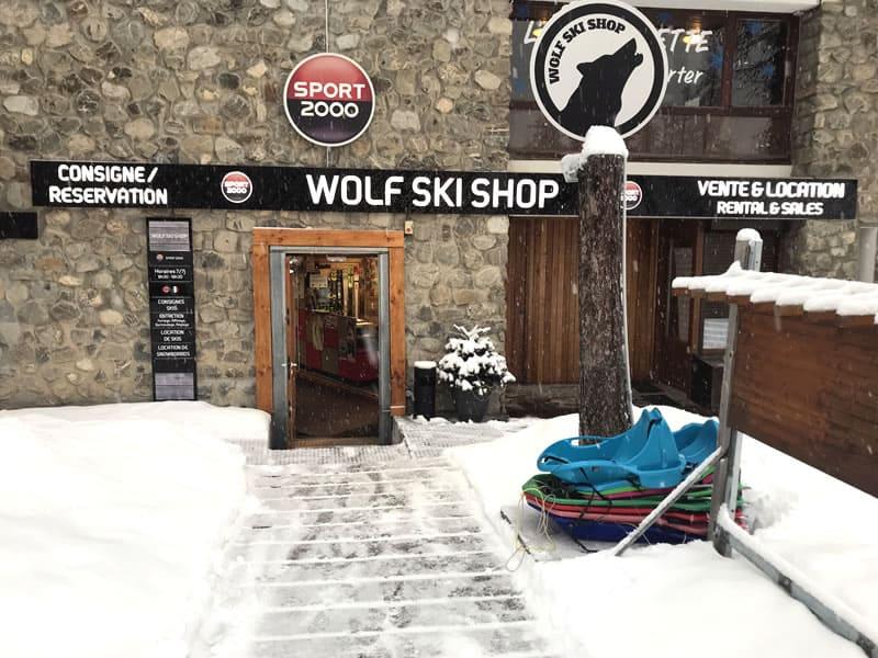 Magasin de location de ski WOLF SKI SHOP à Immeuble le Clos du Loup [Parking du Loup Blanc], Pra Loup