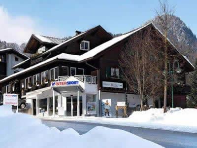 Magasin de location de ski INTERSPORT - Silvretta Montafon, Tschagguns à Latschaustrasse 6
