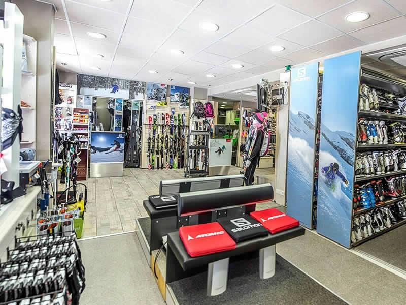 Magasin de location de ski LA SAPINIERE SPORT à Le Hameau de la Sapinière - Quartier de reberty - Les montagnettes 3 vallées, Les Menuires