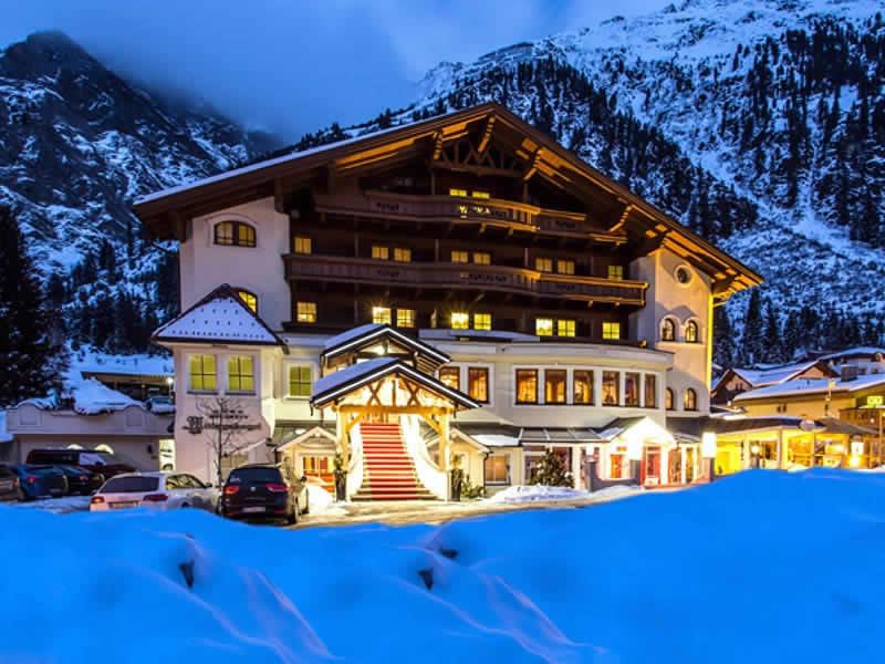 Magasin de location de ski PitzRentTal à Mandarfen 86a (Talstation Rifflseebahn), St. Leonhard / Pitztal