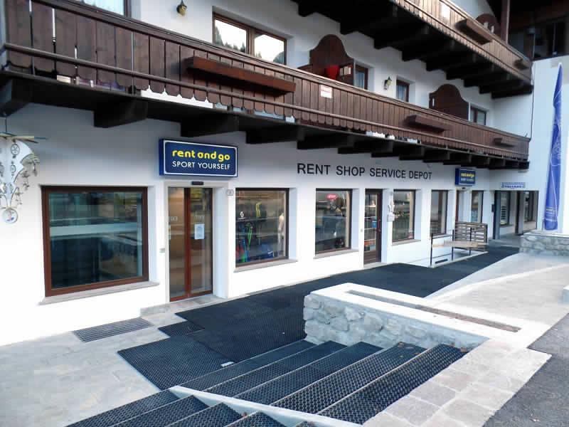 Magasin de location de ski Rent and Go Falcade à Piazzale Molino 10, Falcade