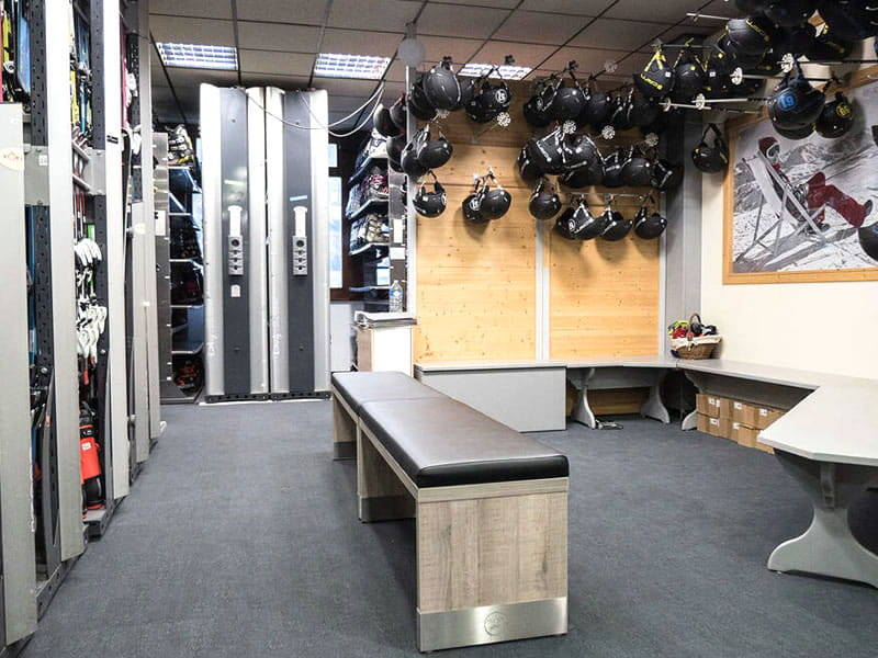 Magasin de location de ski PASSION GLISSE à Place de la Gare, Samoëns