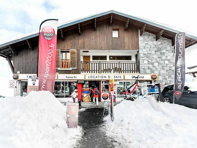 Magasin de location de ski France SKI à Résidence Auria - Quartier du Pla d'Adet, Saint Lary