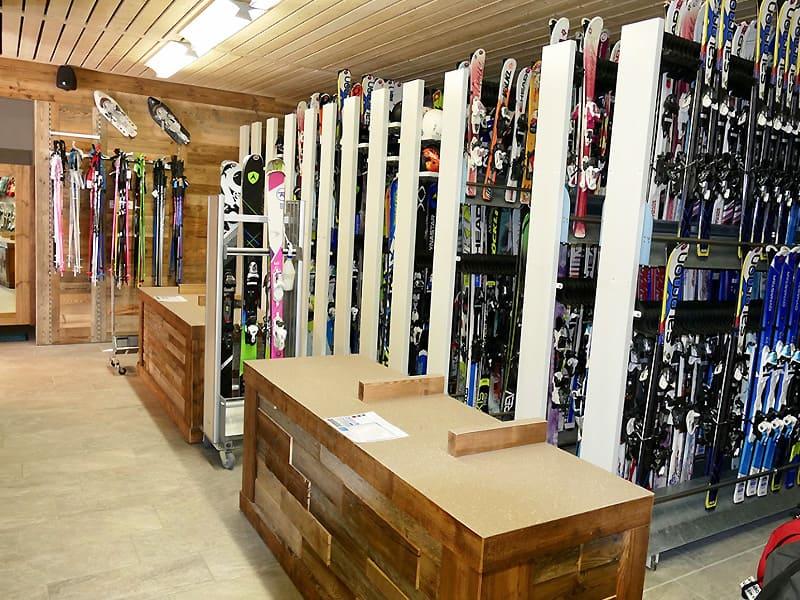 Magasin de location de ski PLANET GLISSE à Résidence de lys, La Toussuire
