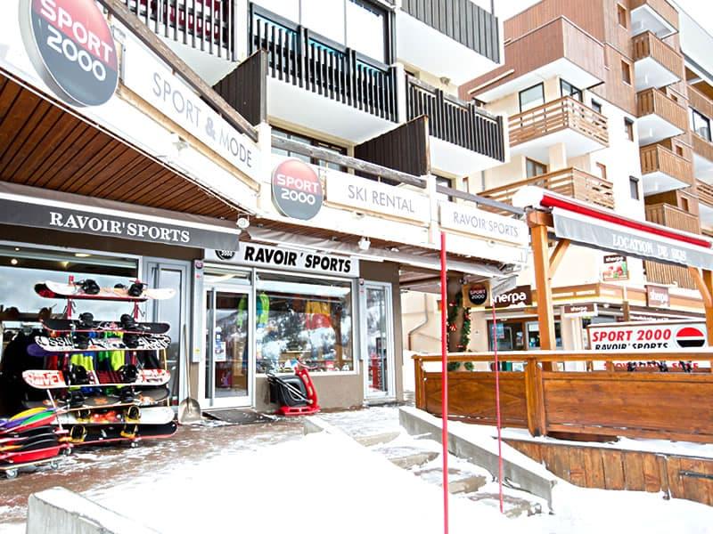 Magasin de location de ski RAVOIR'SPORTS à Résidence La Madeleine, Saint Francois Longchamp