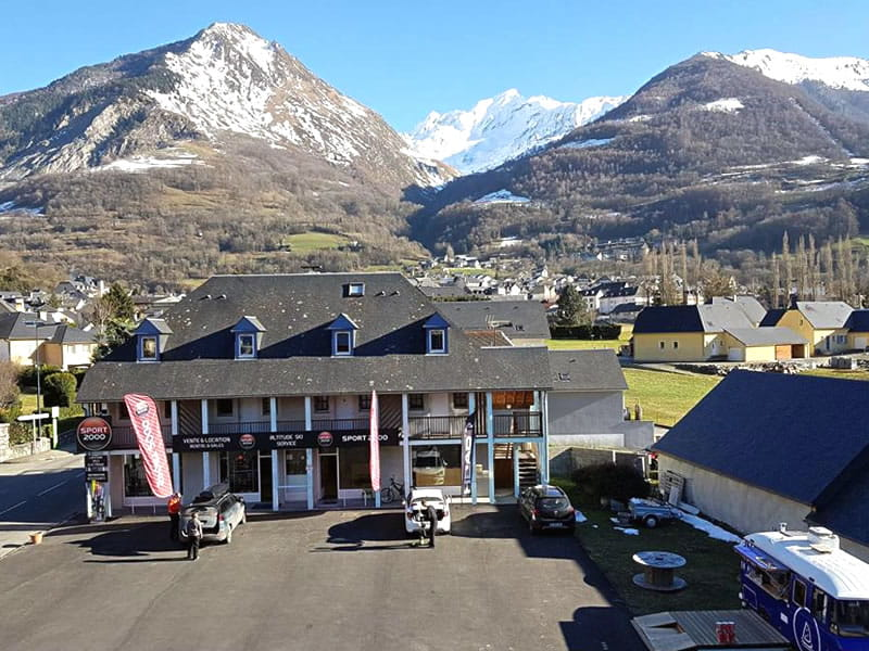 Magasin de location de ski ALTITUDE SKI SERVICE à Résidence Monblanc - 39 Avenue du Barège - Esquièze-Sère, Luz-Saint-Sauveur