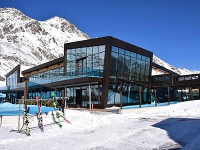 Magasin de location de ski Sport-Shop, Sölden à Rettenbach Gletscher [Direkt beim Restaurant]