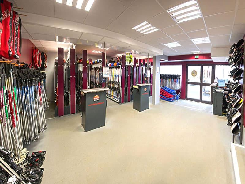 ski shop falgoux rond point des pistes super besse location ski snowell. Black Bedroom Furniture Sets. Home Design Ideas