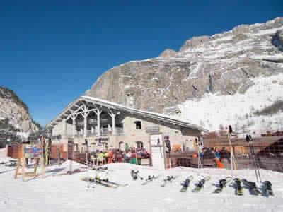 Magasin de location de ski BORASO SPORT LES TUFS, Val d Isere à Route Des Etroits - La Daille