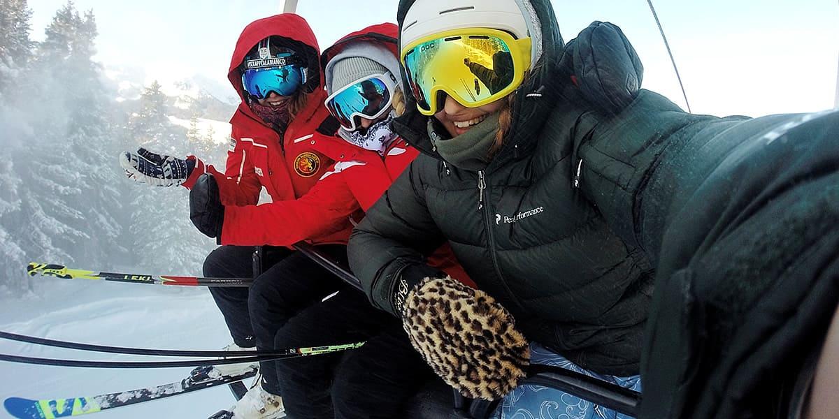 Location de skis en ligne - moins cher et plus confortable sur les pistes
