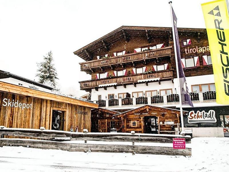 Magasin de location de ski Schiladl à Sonnfeldweg 1, Jochberg