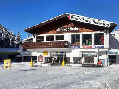 Magasin de location de ski Hofherr Sport, Bichlbach à Talstation Almkopfbahn
