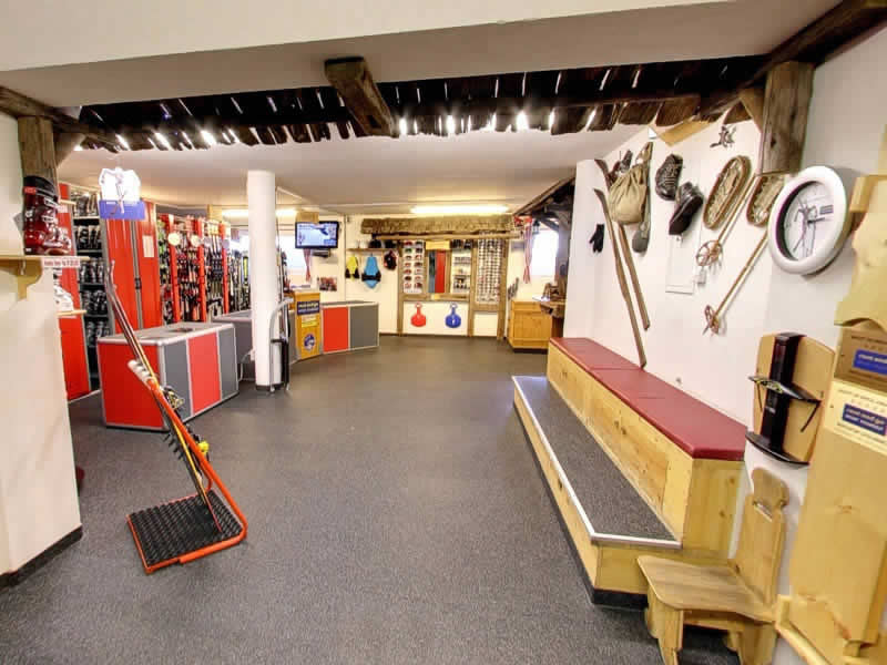Magasin de location de ski Rentasport Gitschberg à Talstation Cabinovia Gitschberg - Mittereckerstraße 27, Meransen