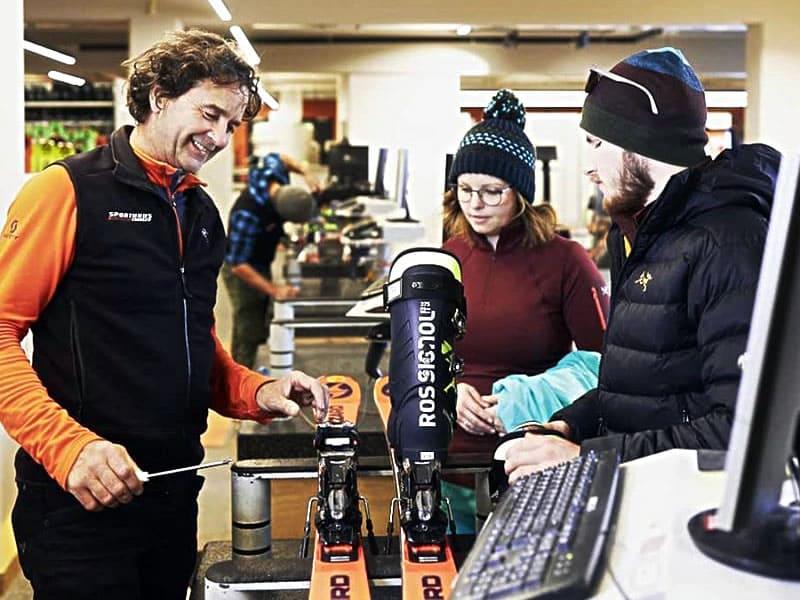 Magasin de location de ski Sport Edinger à Talstation Gondelbahn Hochsöll, Söll