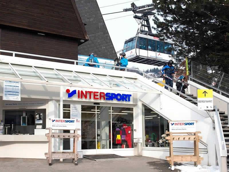 Magasin de location de ski INTERSPORT - Silvretta Montafon à Talstation Hochjochbahn, Schruns