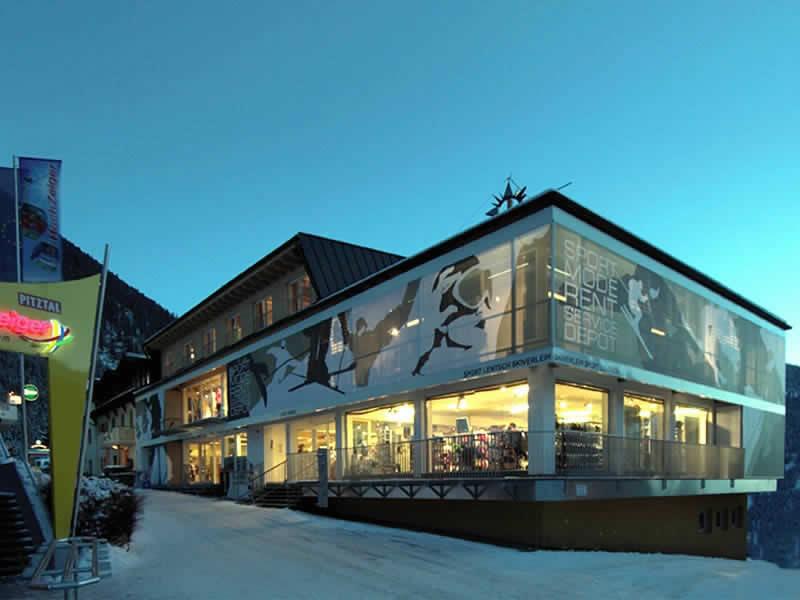 Magasin de location de ski Sport Lentsch - Sport vor Ort à Talstation Hochzeigerbahn Jerzens, Wenns im Pitztal