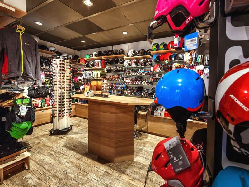 Magasin de location de ski Gisler Sport à Tschuggen Grand Hotel, Arosa