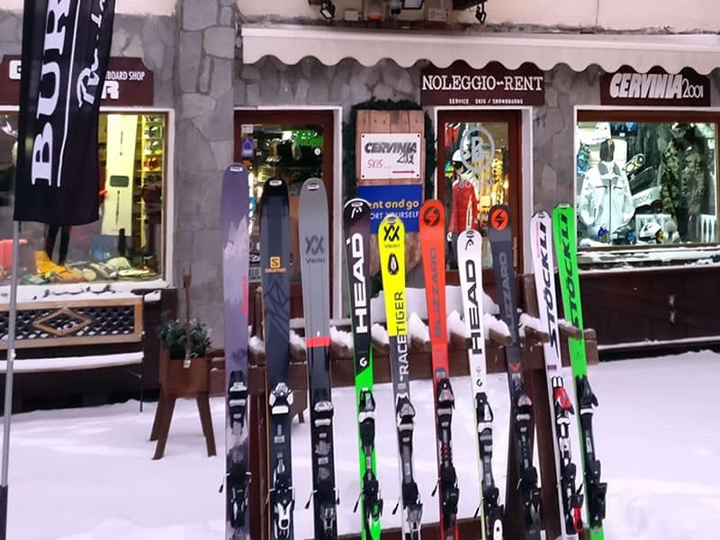 Magasin de location de ski Cervinia 2001 à Via Carrel, 11, Breuil Cervinia