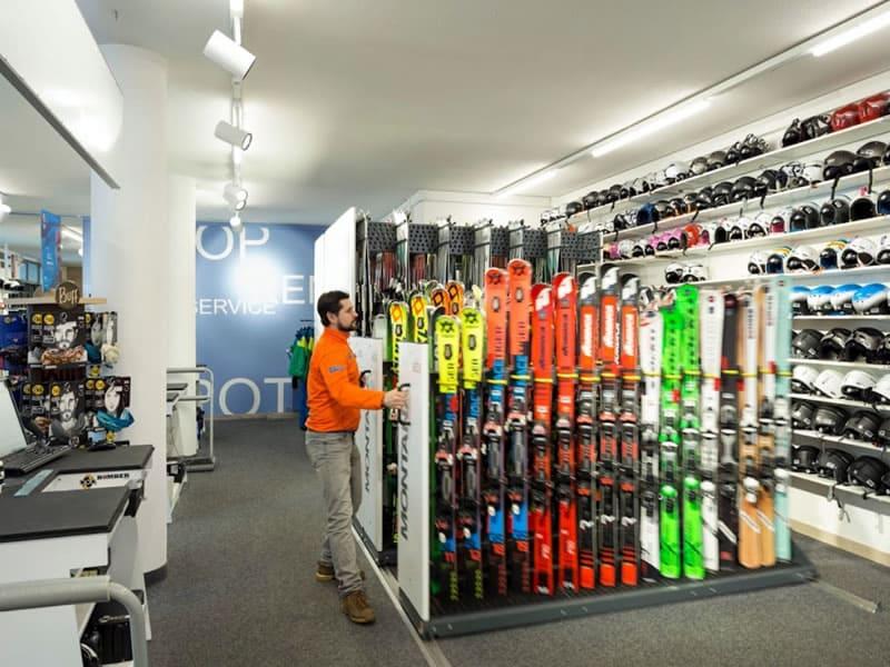 Magasin de location de ski rent and go Andalo à Via Rindole 3b (Talstation Kabinenbahn), Andalo