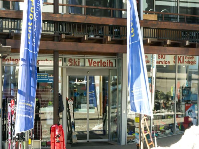 Magasin de location de ski rentasport Mayrl à Via Valle Aurina, 41, Sand in Taufers