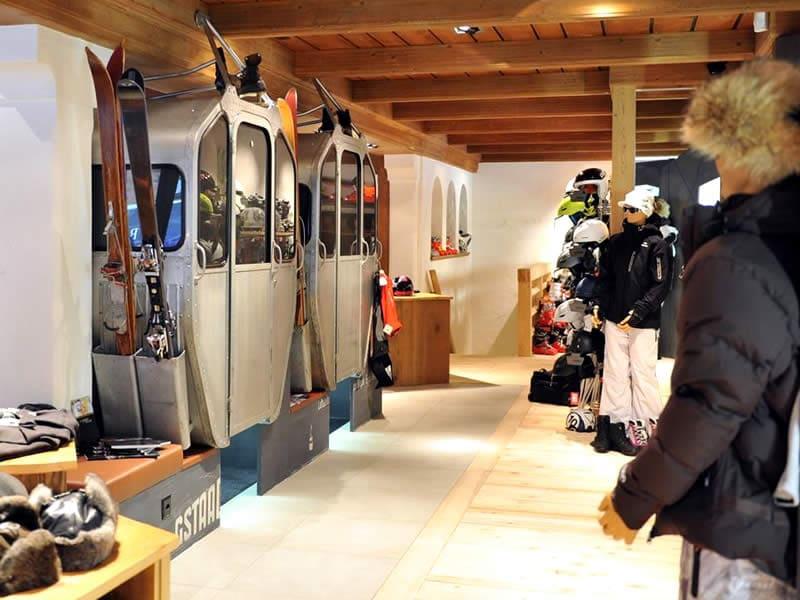 Magasin de location de ski Vertex Sports, Viktoriastrasse 2 à Gstaad