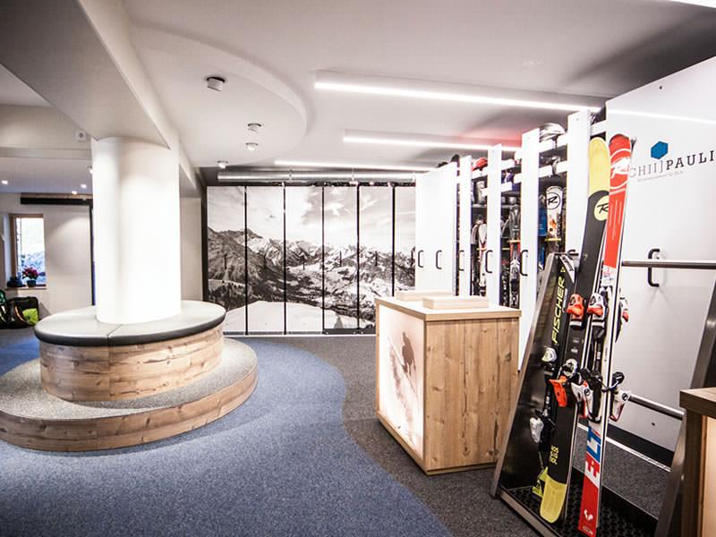 Magasin de location de ski Sport Pauli à Walserstrasse 270, Kleinwalsertal/Hirschegg